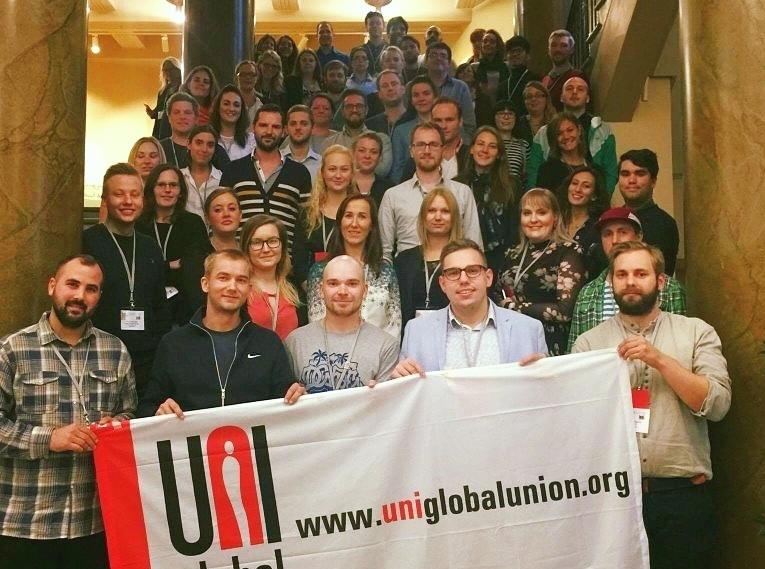 Yli 70 nuorta palvelualojen ammattiliitoista ympäri Eurooppa piti alkuviikon kokousta Helsingissä.