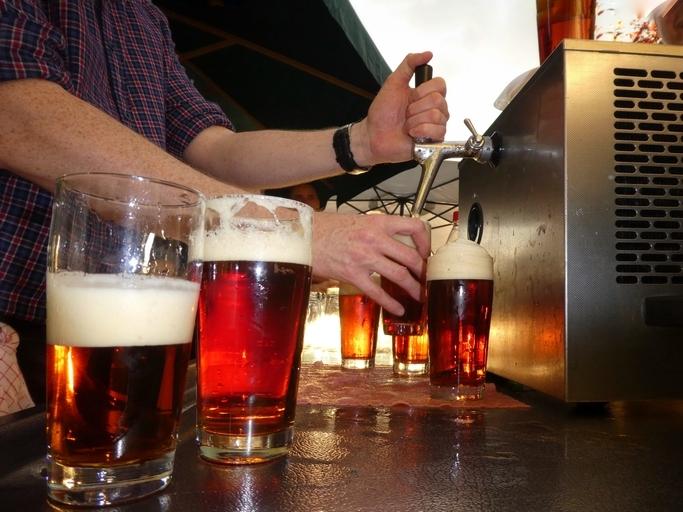 Restauranger får själva besluta om sina öppettider och dryckessortiment. Foto: GettyImages