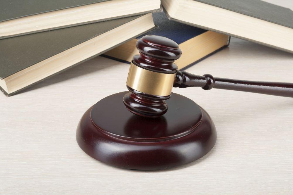 Työtuomioistuimen päätöksen mukaan työsopimuslain muutosten ei voi automaattisesti ajatella siirtyvän työehtosopimuksen osaksi. Kuva:gettyimages.