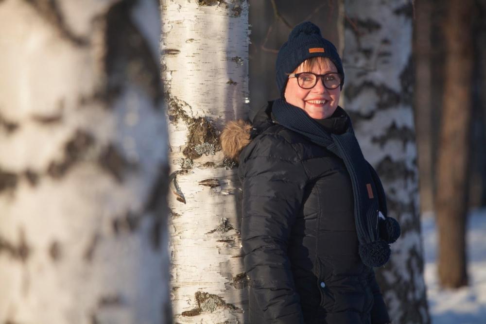 Kun Juveneksen pääluottamusmies Tiina Kuusisto ei ole kiinni luottamustehtävissä, harrastaa hän ulkoilua miehensä kanssa. Kuva: Annina Mannila