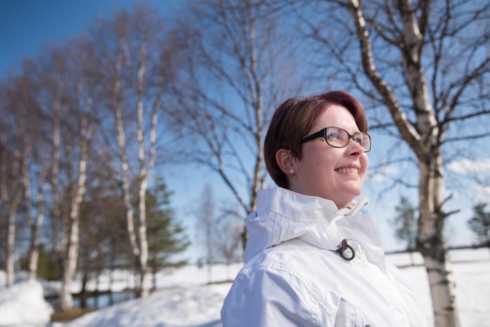 Kun Tiina Väätäinen matkustaa itse, palvelut ja tekeminen lapsille ovat tärkeitä. Kuva: Mikko Halvari