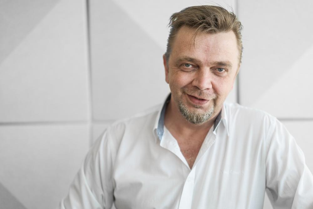 Jyrki Sinkkosen mukaan hyvät paikalliset sopimukset sitouttavat ja motivoivat työntekijöitä. Kuva: Jukka Rapo