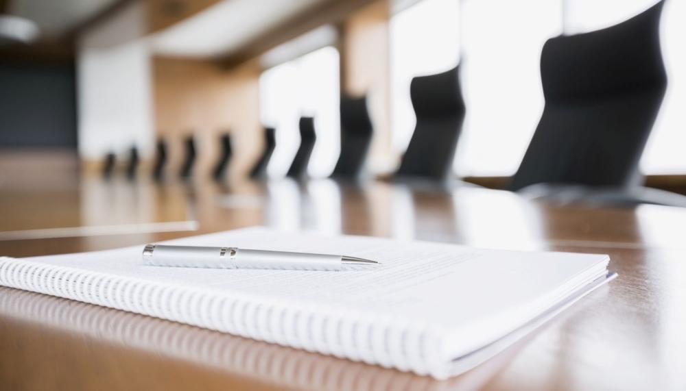 Työntekijä määrättiin työskentelemään kokoustilassa erillään muista työntekijöistä. Kuva: Getty Images