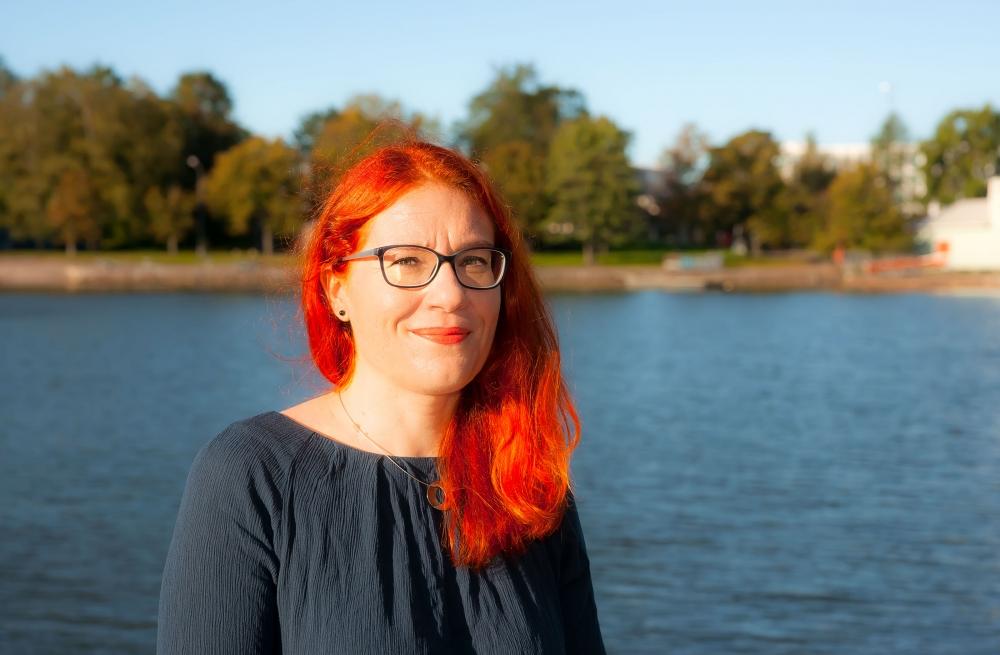Yli 20 vuotta ay-liikkeen palveluksessa ollut Annika Rönni-Sällinen on ensimmäinen, joka ilmoitti haluavansa PAMin puheenjohtajaksi.
