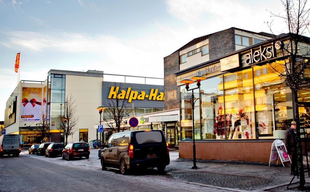 HalpaHalli utvidgade öppethållningstiderna att omfatta söndagar i november i fjol. Bild: PAM:s arkiv/Päivi Karjalainen