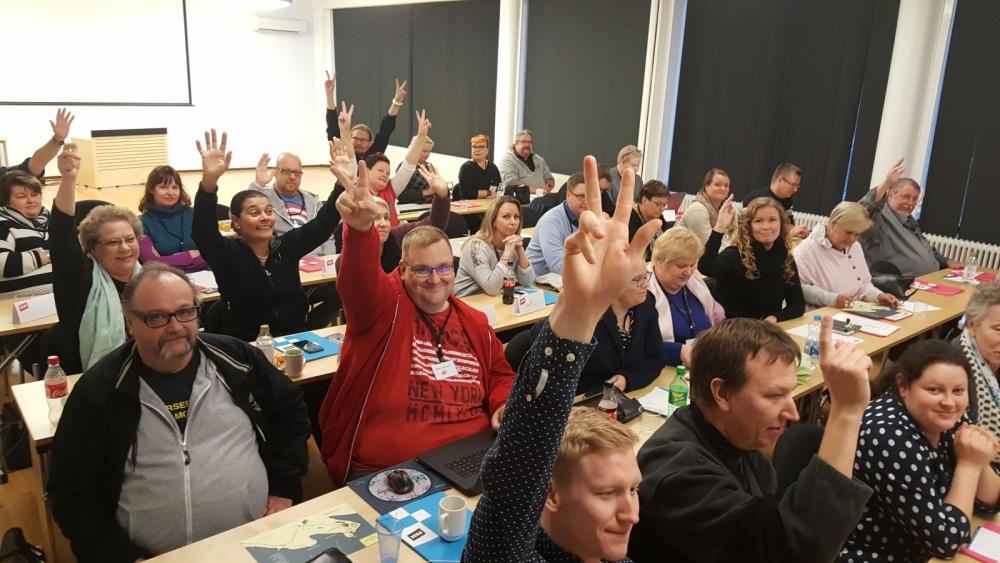 Helsinki-Uusimaan aluekokous järjestettiin Hotelli Petäyksessä. Tilaisuuteen osallistui edustajia 21 eri alueen ammattiosastosta.