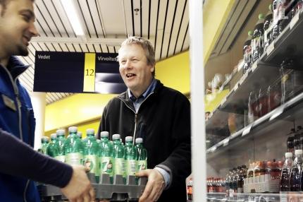 Pitkä työura poiki Pekka Salomaalle presidentin myöntämän kunniamerkin