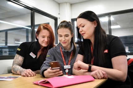 Employees at the Motonet in Hämeenlinna are taking the working life questionnaire – what about your workplace?