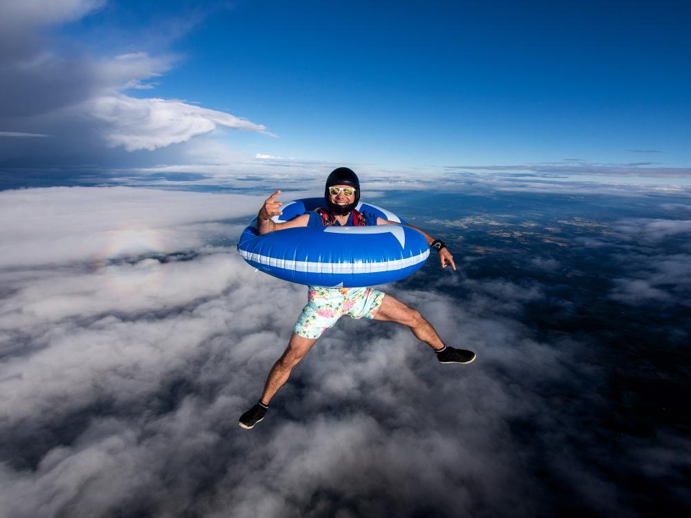 Lähde rohkeasti kohti seikkailua! Nordjobb kannustaa nuoria kokeilemaan kesätöitä Pohjolassa. Vastineeksi nuoret saavat ainutlaatuisia kokemuksia ja hyvän turvaverkon. Kuva: GettyImages.