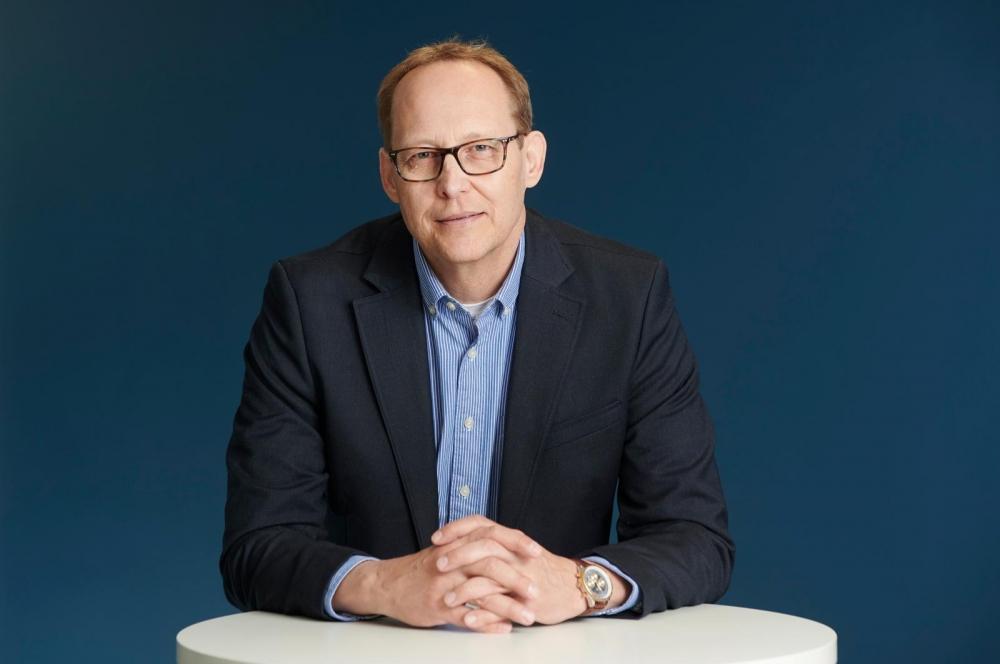 Juha Heikkala utreder hur förbunden kunde utveckla sysselsättningstjänster och hur det lönade sig att göra detta. Foto: Pekka Elomaa