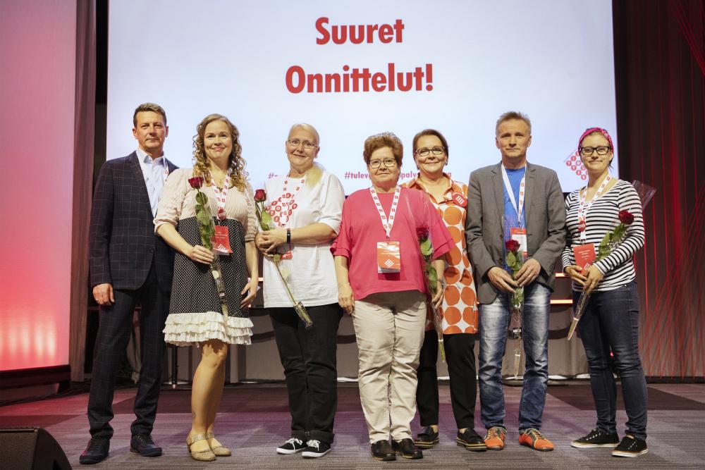 Den nya styrelsen för Servicebranschernas arbetslöshetskassa. Bild: Heli Sorjonen.