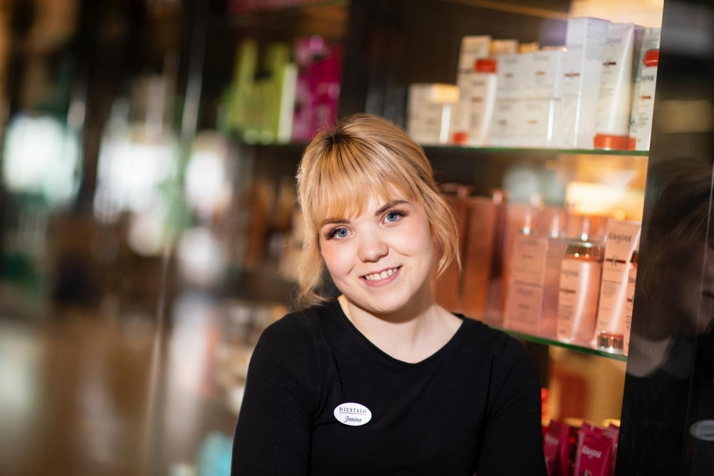 Janina Leppänen berömmer sitt arbetsgäng. Bild: Hanna-Kaisa Hämäläinen