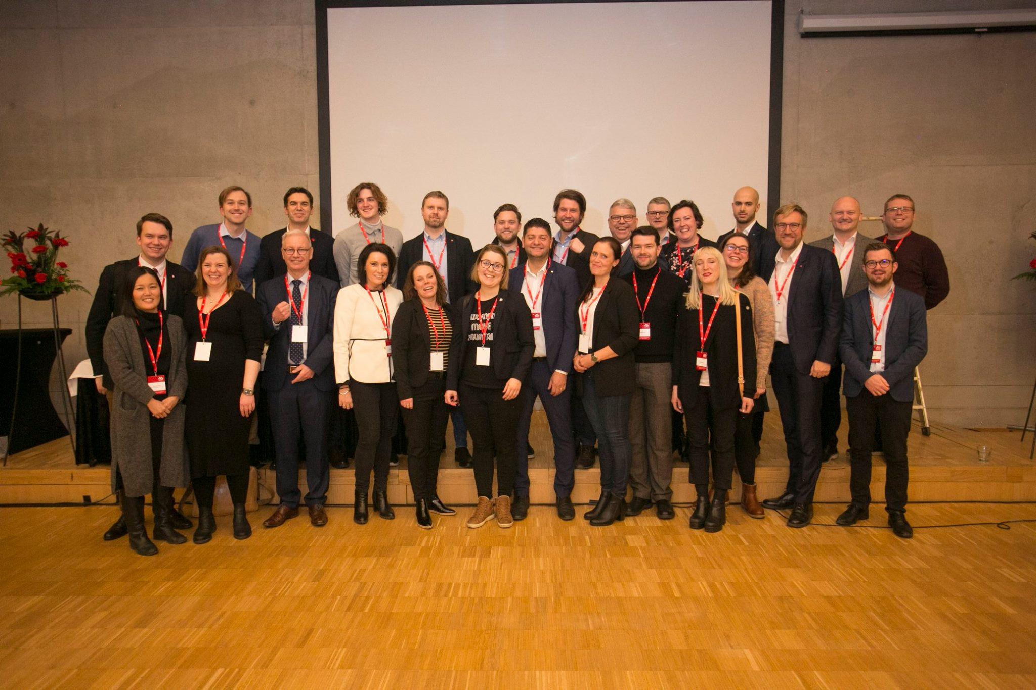 Alumner från Nordenskolan årskurs 2018-2019. Här tillsammans på SAMAK:s årsmöte i Helsingfors. Källa: Pekka Sipola/SAMAK.