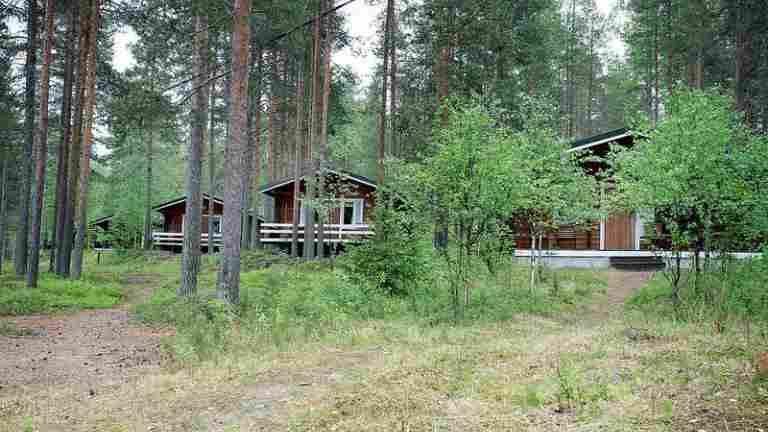 PAM myy Kiviniemen mökkikylän