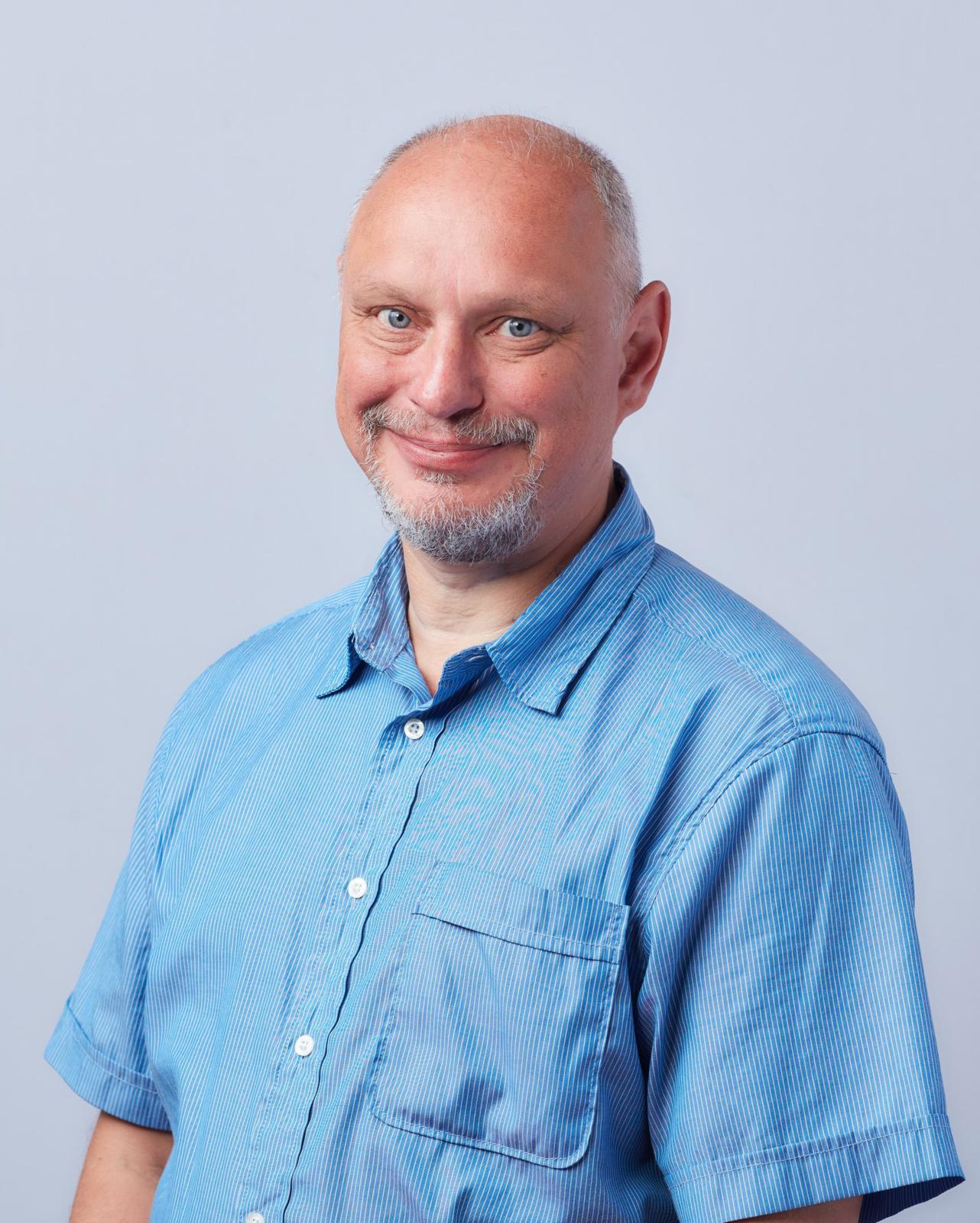 Petri Järvinen ihmettelee yt-neuvottelujen syytä ja ajankohtaa.