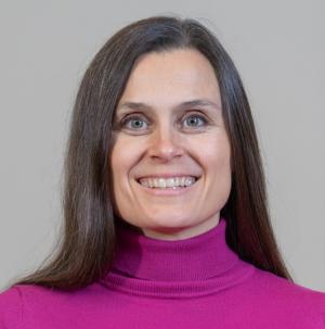Heidi Viljamaa on viime vuoden aikana valmentanut pamilaisia Urapalveluiden kautta. Takataskussa hänellä on yli 20 vuoden kokemus sparraus- ja valmennustyöstä.