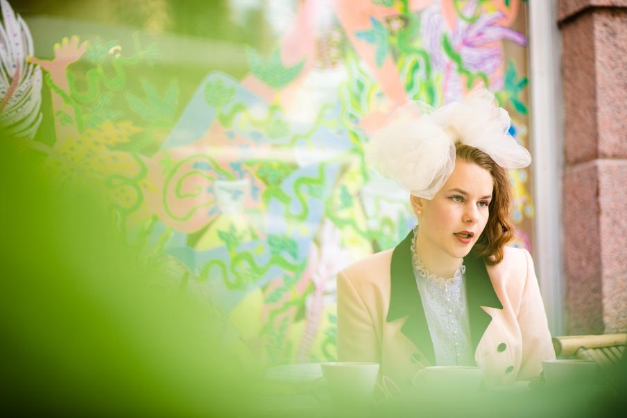 Denna höst lyfter Ina Mikkola fram frågor som rör arbetslivet. Bild: Eeva Anundi