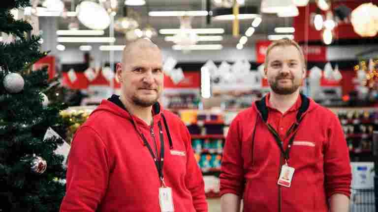 Verkkokauppa.comin 500 euron bonus nosti hymyn työntekijöiden huulille