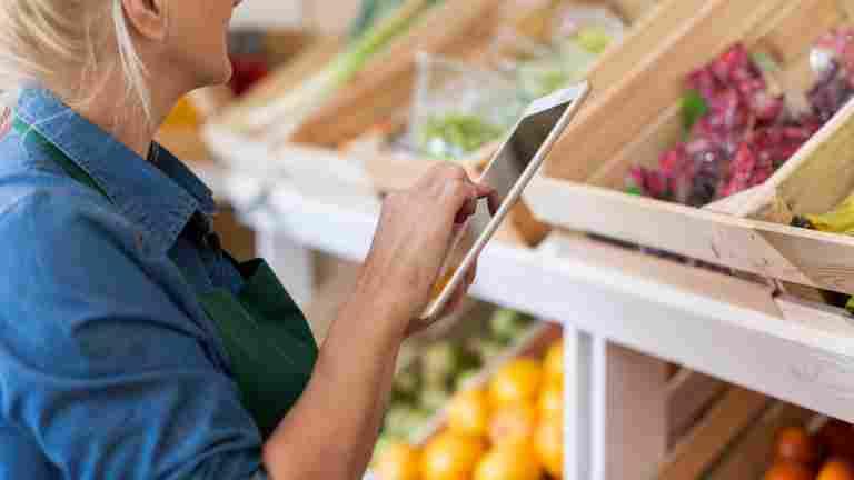 Kaupan alan ja kiinteistöpalvelualan palkkoihin korotukset
