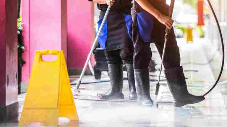 Ammattimaisen siivoustyön arvostus lisääntyi koronavuoden aikana