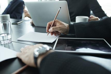 Oopperan teknisten sekä asiakaspalvelu- ja telemarkkinointialan neuvottelut jatkuvat