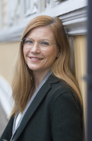 Kirsi-Maria Halonen wrote her master's thesis on public procurement, even though the University of Turku's Faculty of Law, where she was studying, did not teach the subject at the time. Photo: Seppo Sirkka.