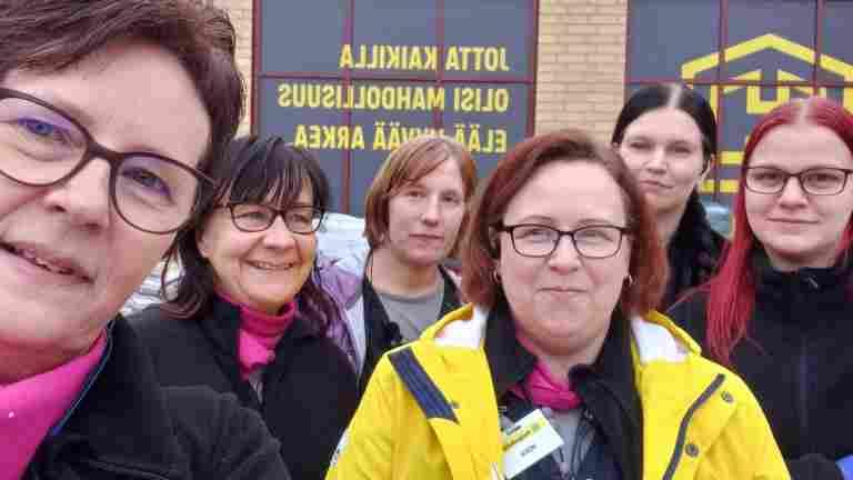 HalpaHallin työntekijät marssivat ulos työpaikoiltaan