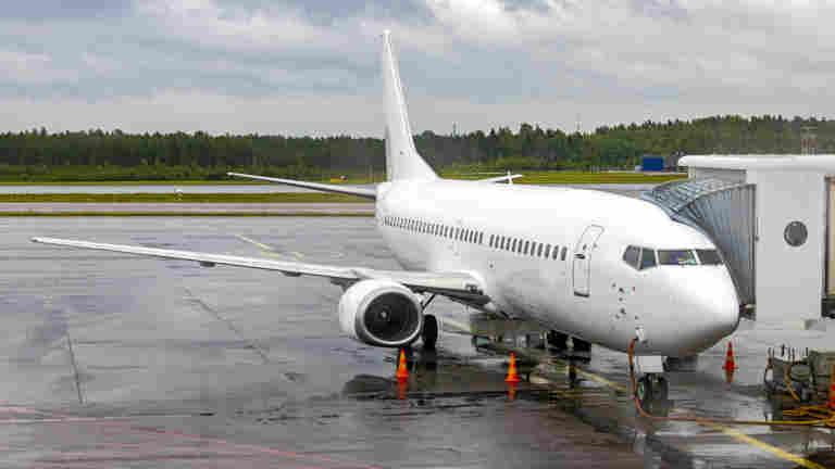 Matkailualan toimijat: Suomi ei voi kulkea matkustusohjeistuksissa vastavirtaan
