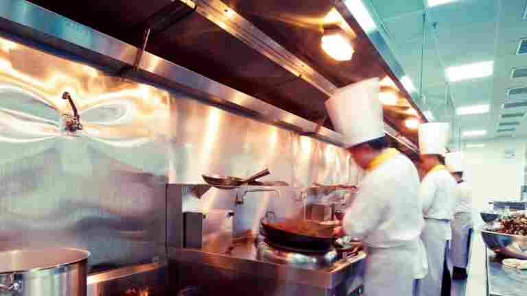 Bufféborden öppnar, servering fram till 01 - permitteringar har avslutats, avslutas eller fortsätter under sommaren