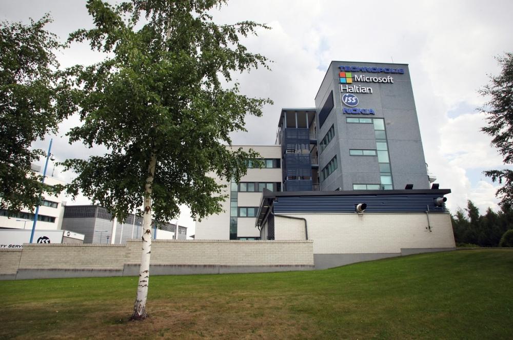 Microsoft sulkee Oulun toimipisteensä. Kuva: Lehtikuva / Markku Ruottinen