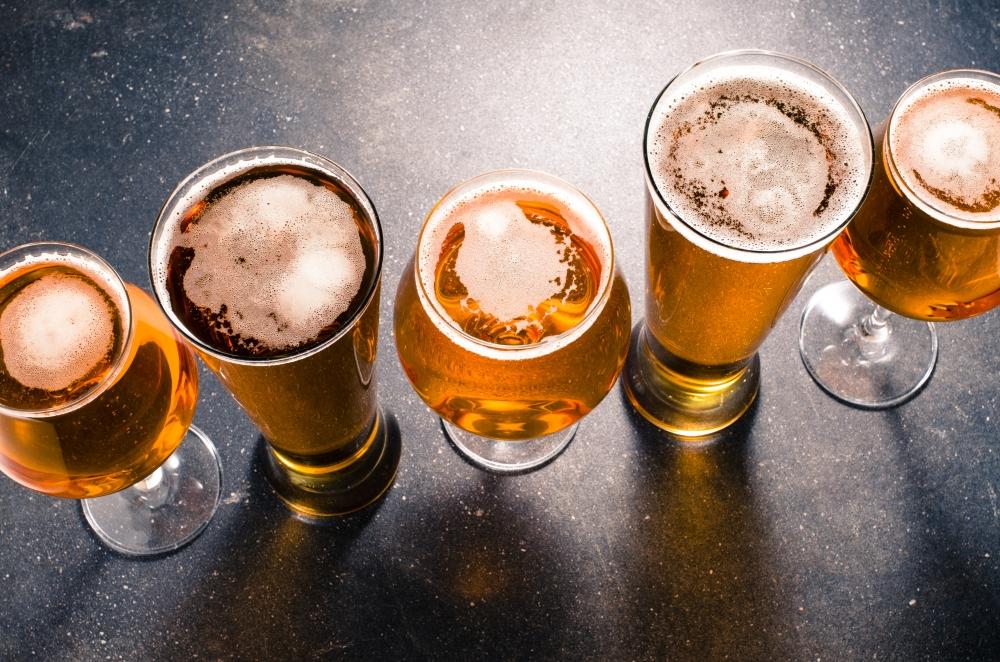 Kun alkoholia saa helpommin, myös ongelmat lisääntyvät. Ne täytyy tiedostaa, sanoo PAMin Miia Järvi. Kuva: iStockphoto