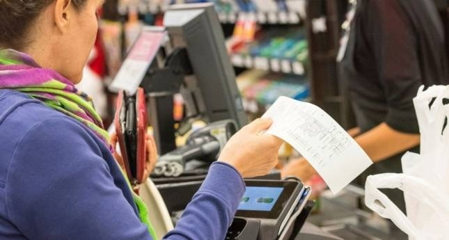 Esimerkiksi kaupan alalla osa-aikatyöntekijät tekevät usein enemmän töitä hankalina aikoina kuin kokoaikaiset. Kuva: iStockphoto