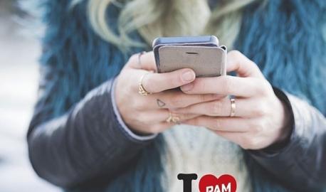 Miltä kuulostaisi 250 € lisätienesti? Tai jopa 1000 €? Suosittelemalla PAMia voit tienata jopa satojen eurojen arvoisia S-ryhmän lahjakortteja. Onko työkavereissa vielä joku, joka ei kuulu PAMiin? Tai tunnetko palvelualaa opiskelevan, joka voisi liittyä opiskelijajäseneksi? Suosittelu on helppoa suosittelusivuston kautta: voit lähettää valmiin viestin kaverillesi Messengerissä, WhatsAppissa, sähköpostilla tai postikortilla. Klikkaa saitille ja lähetä valmis viesti kaverillesi: www.pam.fi/kerrokaverille. #vainpamjutut #palveluala #töissä #duunissa #kerrokaverille #lahjakortti #tienaamaan #palkinto #suosittelepamia #pamliitto #igersfinland