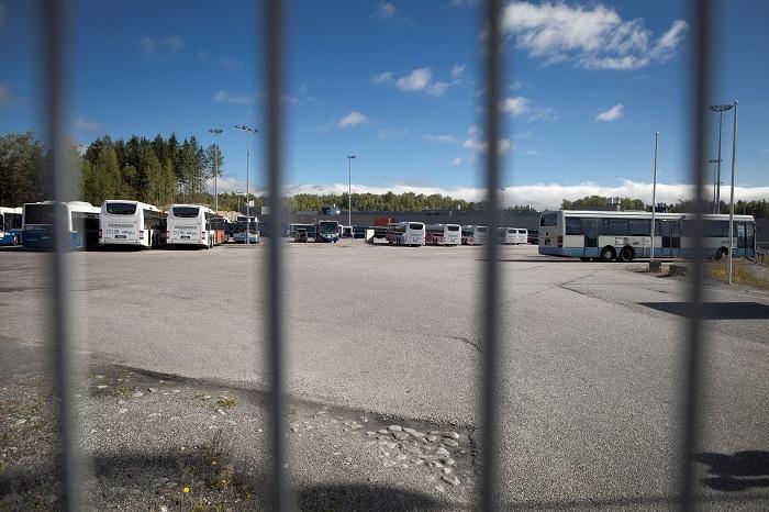 Bussisiivoojat ovat joutuneet hakemaan oikeutta käräjäoikeuden kautta. Kuva Lassi Kaaria.