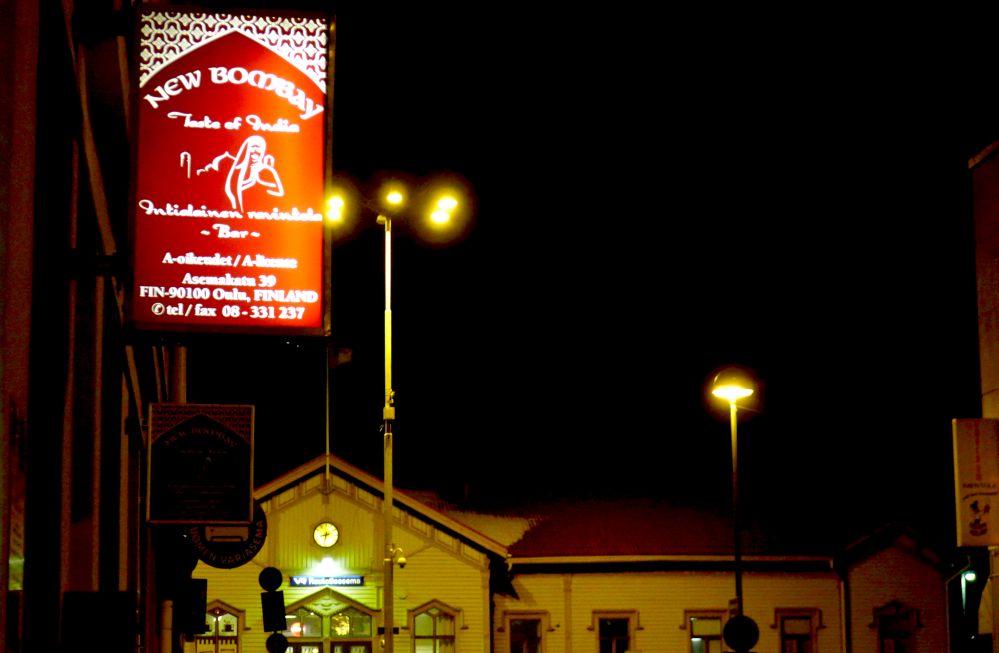 Pam-lehti 10/2015: Poliisi tutkii ihmiskauppaa Oulun New Bombayssa