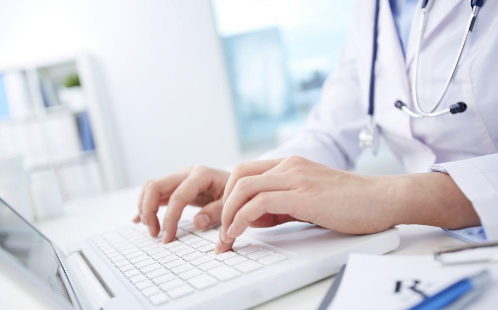Valtakunnallinen ohjeistus voisi auttaa lääkäreitä olemaan tasapuolisempia sairauslomien pituuksissa. Kuva: iStockphoto