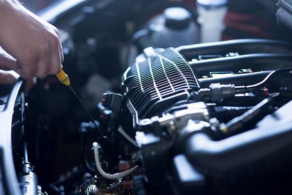 Motonet myy muun muassa varaosia autoihin. Kuva: iStockphoto